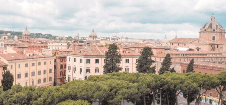 Ausblick vom Viktor-Emanuel-Denkmal Rom